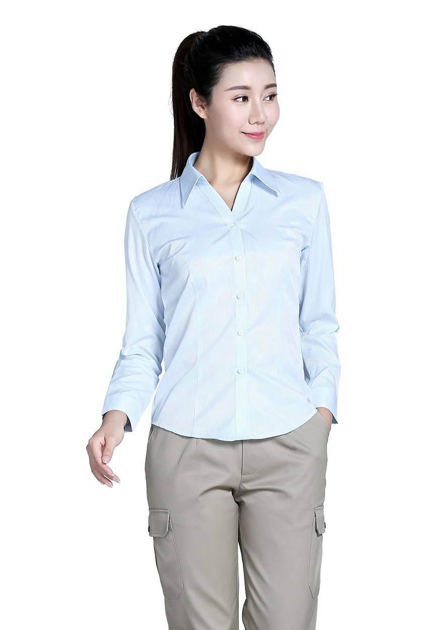 2019奇亿平台浅蓝色条纹60棉80双织长袖衬衫